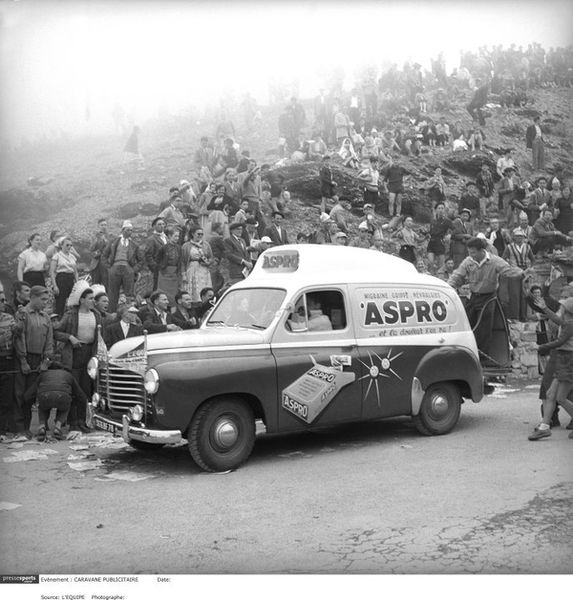 Renault Colorale Aspro Tour de France 1955