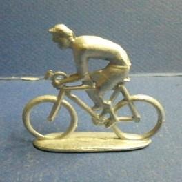 Die-cast cyclist Quiralu type - Unpainted