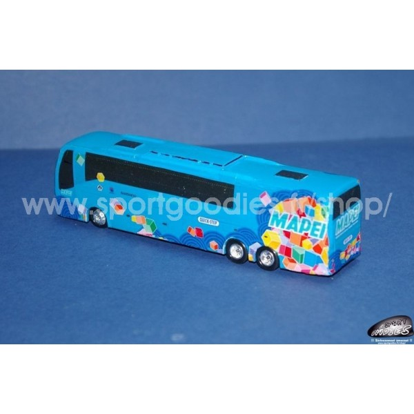 http://www.sportgoodies.fr/shop/3369-thickbox_default/camion-et-bus-equipe-mapei-quick-step-2006.jpg