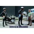 Gendarme francese 2 motociclisti anni 60-80 ed un uomo - Non dipinto