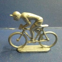 Die-cast cyclist climber Quiralu type- Unpainted