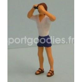 Spectator with binoculars - Unpainted -Scale 1/43