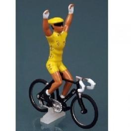Tour de France Yellow Jersey LCL '07 cyclist
